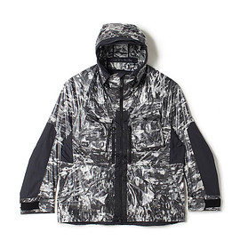 White Mountaineering - WM2071212 LAYERED CAMO PRINTED MOUNTAIN PARKA