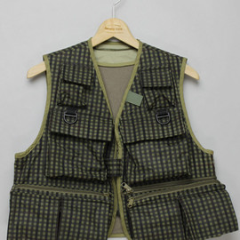 MOUNTAIN RESEARCH - Mountain Research 1051 / Phishing Vest
