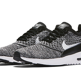 NIKE - Air Max Thea Ultra Flyknit - Grey/Black/White?