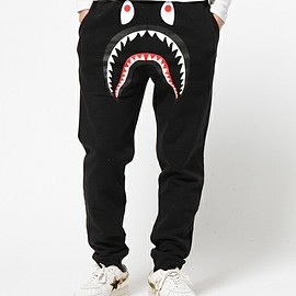 A BATHING APE - SHARK SLIM SWEAT PANTS