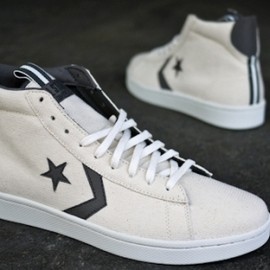CONVERSE - PRO-LEATHER HI CANVAS