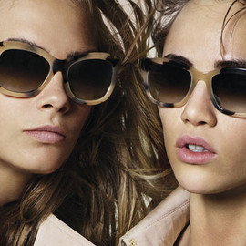 BURBERRY - Sunglasses, The Trench Collection