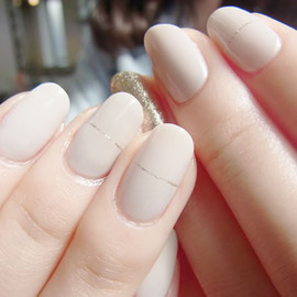 COMMON - Nude beige nail