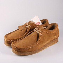 clarks - Clarks Originals Wallabee Cola Suede