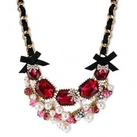 BETSEY JOHNSON - NYコレクションブランド【2012AW新作】☆Betsey Johnson☆Gold Tone Fuchsia Crystal and Glass Pearl Frontal Necklace 1