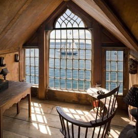Room - Gorgeous loft view.