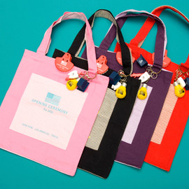OPENING CEREMONY - Totes