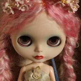Blythe - Blythe freaking cute..i could see her animated out in a rock vid