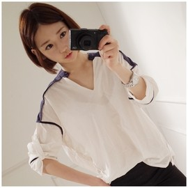 LUXE ASIAN - [Luxe Asian Women Dresses Fashion Style Korean Clothing top blouse shirt] Bourges color Blouse