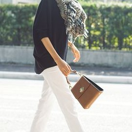 white jeans style/so luv it.