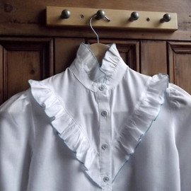 dolly topsy - womens teen vintage white blouse small blue frill neck geek nerdy 80s clothing long sleeves xs