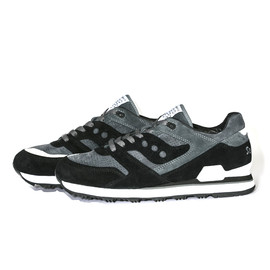 White Mountaineering - WM x SAUCONY EXCLUSIVE SNEAKERS