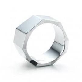 Tiffany & Co. - Frank Gehry Fold Ring