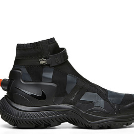 NikeLab, GYAKUSOU - Gaiter Boot - Black/Anthracite/Solar Orange