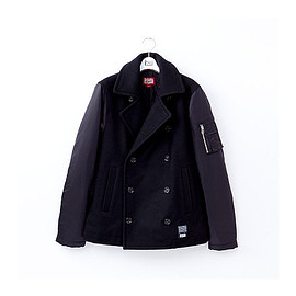 Onitsuka Tiger - pea coat
