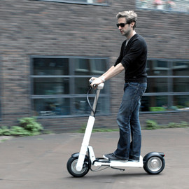 LEEV mobility - JAC< foldable electric scooter