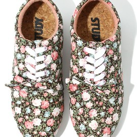 STUDY - THE FLORAL DROP BROWN