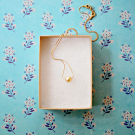 NestPrettyThingsShop - Pearl Necklace