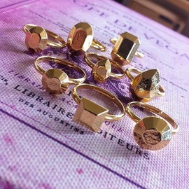 Lilou - FAKE JEWEL RING GOLD
