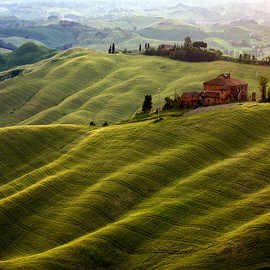 Tuscany land ,italy - photo