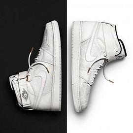 Nike - JUST DON × NIKE AIR JORDAN 1 BHM CHARITY AUCTIONS