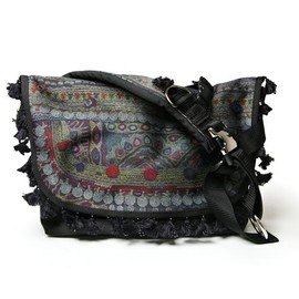 UNDERCOVER - ZOZOVILLA LTD MESSENGER BAG(BLACK)