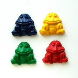 Luulla - Frog Party Favors - Package of 12 Frog Shaped Crayons