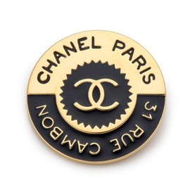 CHANEL - Vintage Chanel Rue Cambon Pin