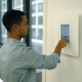 MicroGraphics - iPad wall mounts