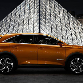 DS Automobiles - DS 7 CROSSBACK