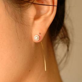 tortue - via Pearl Long Tall Earrings