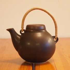 ARABIA - GA1 Brown Tea Pot/Ulla Procope