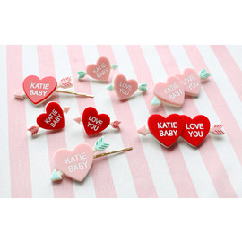 Katie - HEART ARROW brooch