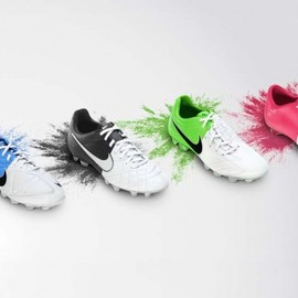Nike - Nike-Football-Clash-Collection-1