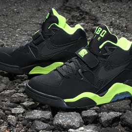 nike - Air Force 180 BLACK/VOLT