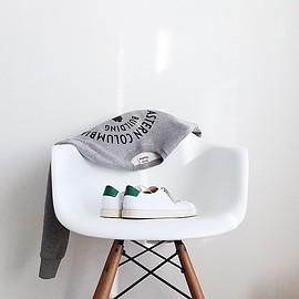 eames chair - stanswmith