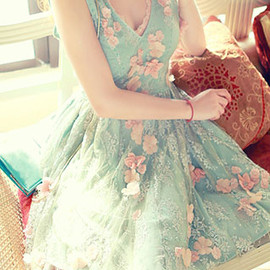 fashion - Image of [grzxy6600490]Sexy Sweet V-neckline 3D Flower Bead Lace Spliced Dress