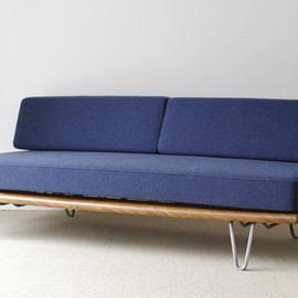 Herman Miller - Daybed #5088 by George Nelson