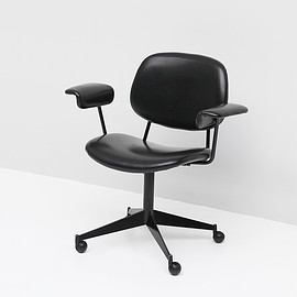 Olivetti - BBPR swivel desk chair