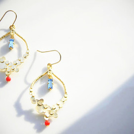 Ostara - 14kgf Designed Earrings/Red Coral/Swarovski