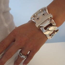 HERMES - BIGGEST BUCKLE STERLING SILVER RUNWAY BRACELET