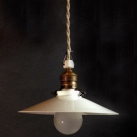 "ドイツ・アンティーク - German-Deco ""Milk Glass"" Pendant Lamp"