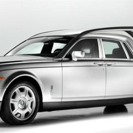 Rolls Royce - Phantom Hearse For A Perfect Funeral