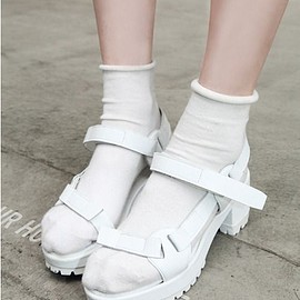 white/sandal&socks