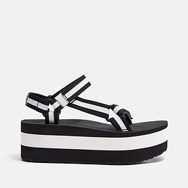 OPENING CEREMONY X TEVA - OPENING CEREMONY X TEVA/OC-EXCLUSIVE FLATFORM UNIVERSAL SANDALS/BLACK/WHITE