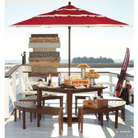 Pottery Barn - Outdoor table set