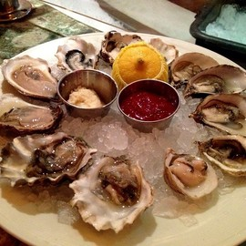 The Oyster Bar At Harrahs - Oysters