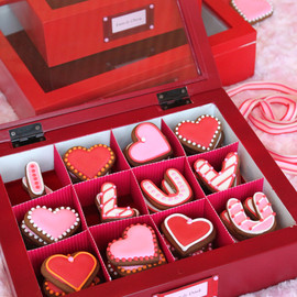 "JULIA USHER - Valentine's Day cookie""Love Letters"""