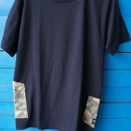 INTO THE LOCAL - Digital Camo Side Pocket Tee