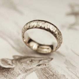Rust - horn carved ring